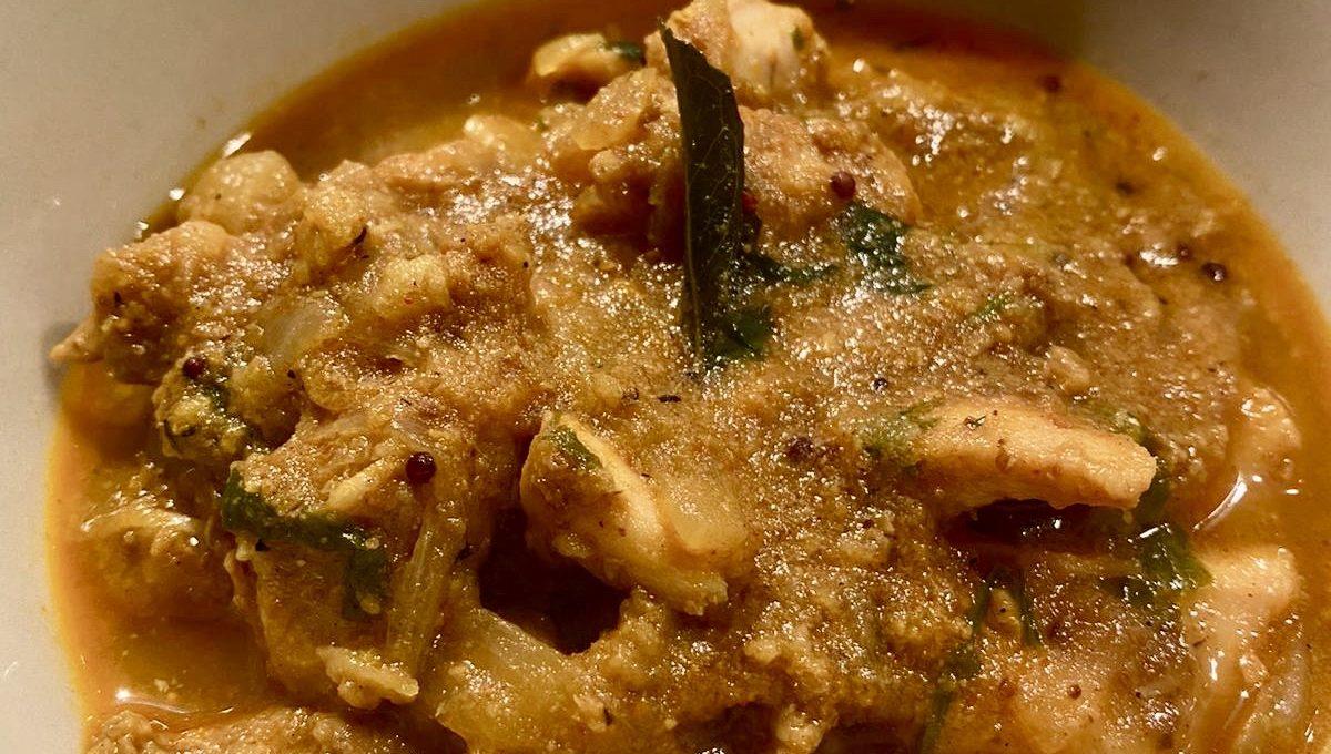 Chicken Ka Salan | Hyderabadi Chicken Curry
